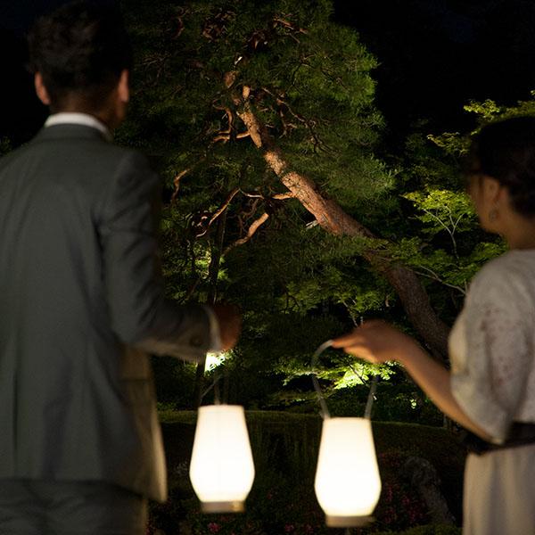 「庭行灯」ー庭師とながめる秋の庭園ー
