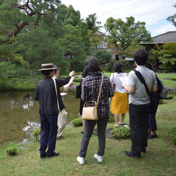 庭の世界へようこそ!秋に向けて、現地で学ぶ とてもわかりやすい日本庭園集中講座 for 初心者さん